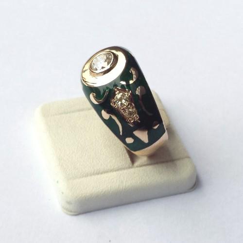 Sygnet z zieloną emalią i diamentami